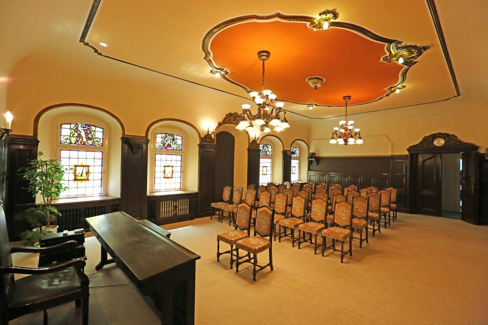 Der historisch besonders wertvolle Trausaal soll um eine Etage nach unten verlegt werden.
