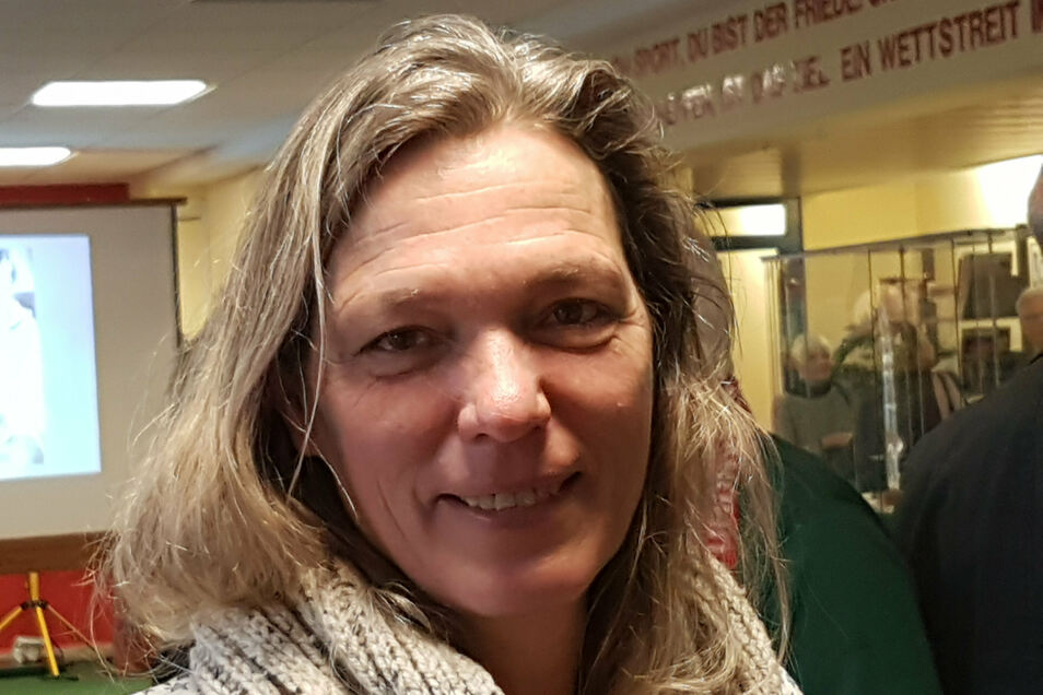 """""""Jetzt bin ich beim Deutschen Roten Kreuz in Fürstenwalde als Bilanzbuchhalterin angestellt"""", sagt Sylvia Gerasch im SZ-Gespräch. Foto: Jochen Mayer"""
