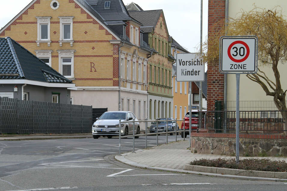 Die Vogtstraße in Waldheim ist als 30er-Zone deklariert. Dennoch wird nach Auffassung von Anwohnern häufig zu schnell gefahren.