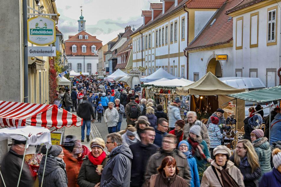 In Herrnhut bleibt am 1. Advent keiner daheim.