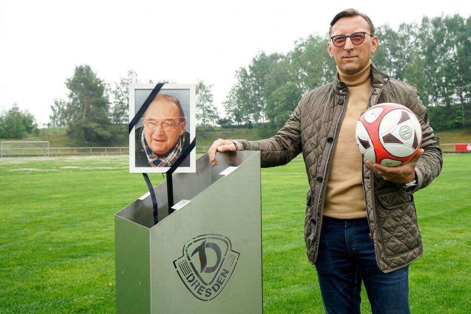 Dynamo-Legende Siegmar Wätzlich bekommt in seinem Heimatort Rammenau ein Denkmal. Denn er hat sich um den Fußball im Ort verdient gemacht, sagt Enrico Sauer vom Sportverein Edelweiß.