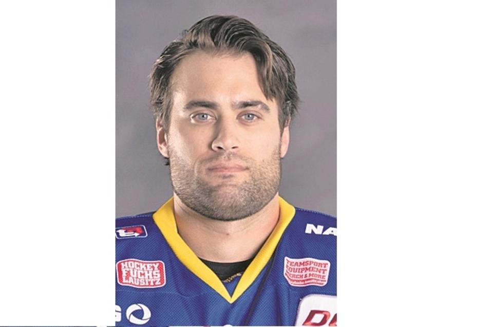 Mac Carruth:Nr. 78, Torwart, geb. 25.3.92 in Salt Lake City (USA), 1,88 m/86 kg, Profispiele: 269, Füchse seit 2019, Vereine: Rockford IceHogs, Fehervar Budapest