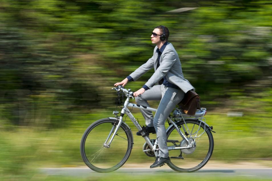 Radfahren auf den Wegen der Görlitzer Grünanlagen? Kein Problem, findet die Stadtverwaltung.