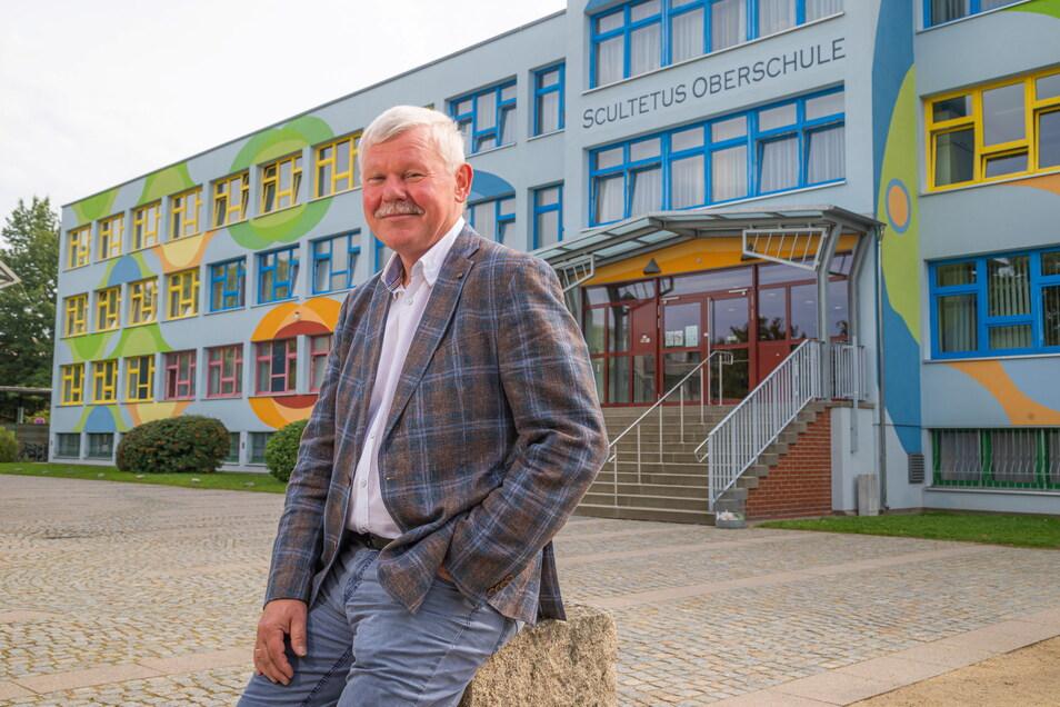 Detlef Lieder ist seit 30 Jahren stellvertretender Schulleiter. Mit 64 steht er jetzt in der ersten Reihe. Wollte er eigentlich nie.