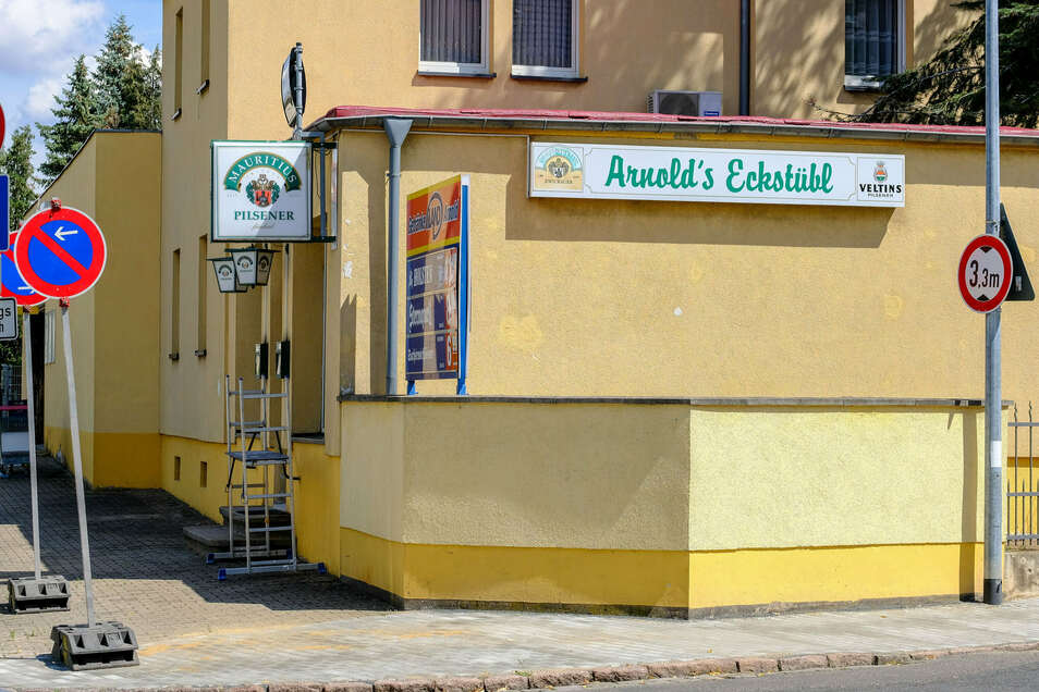 """Noch im Umbau zu einer Bar, das ehemalige """"Arnolds Eckstübl"""" in Coswig"""