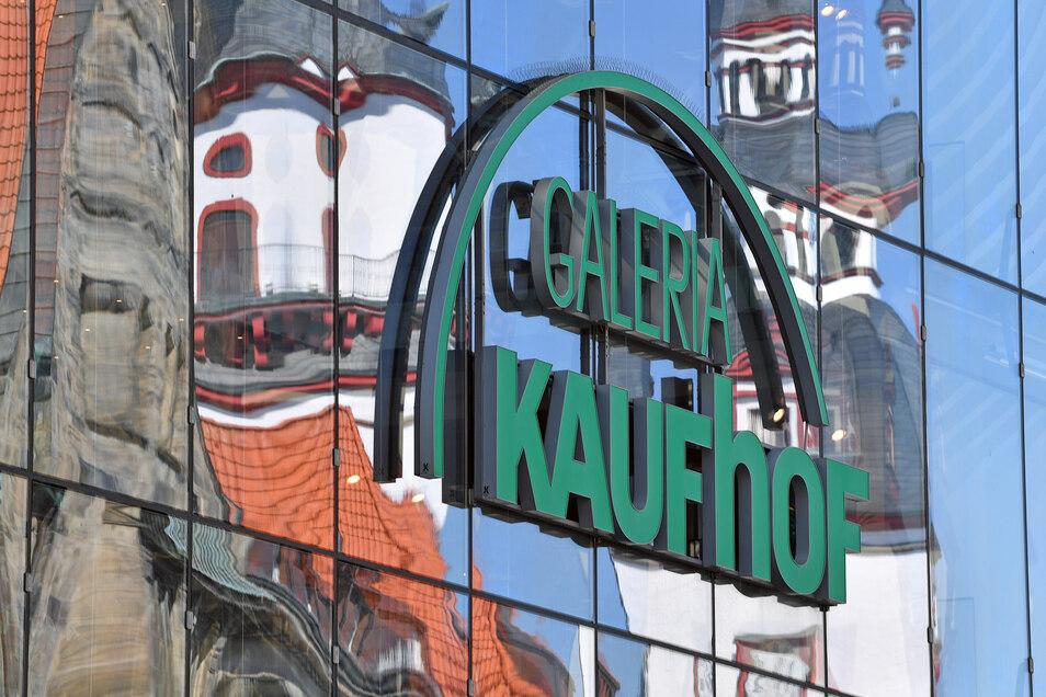 Blick auf die Filiale von Galeria Karstadt Kaufhof in Chemnitz: Fast 130 Kaufhäuser und mehr als 16.000 Arbeitsplätze sind erhalten geblieben.