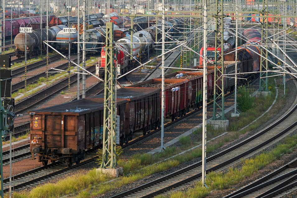 Die GDL hat ihre Mitglieder zum Streik bei der Deutschen Bahn AG (DB) von Samstag bis Mittwoch aufgerufen.