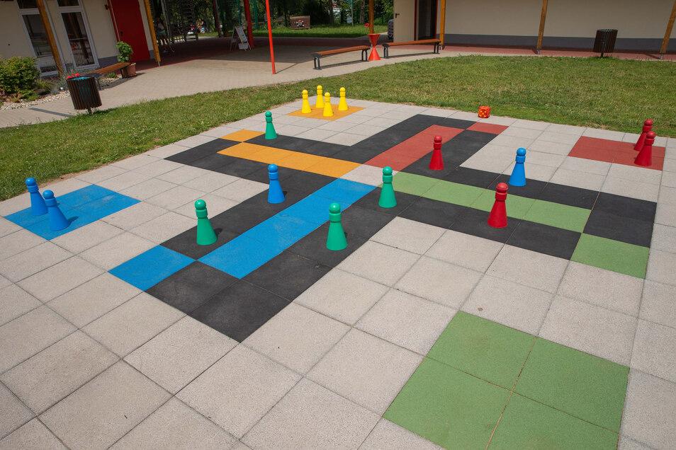 Auf so einem großen Spielfeld wie im Albert-Schwarz-Bad in Heidenau wird in Polenz zwar nicht gespielt. Dafür gibt es viele Spiele in Normalgröße.