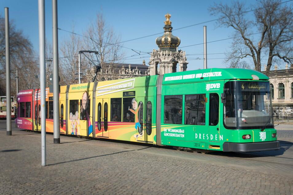Die Dresdner Polizei ermittelt unter anderem wegen Körperverletzung gegen einen 17-jährigen Deutschen.
