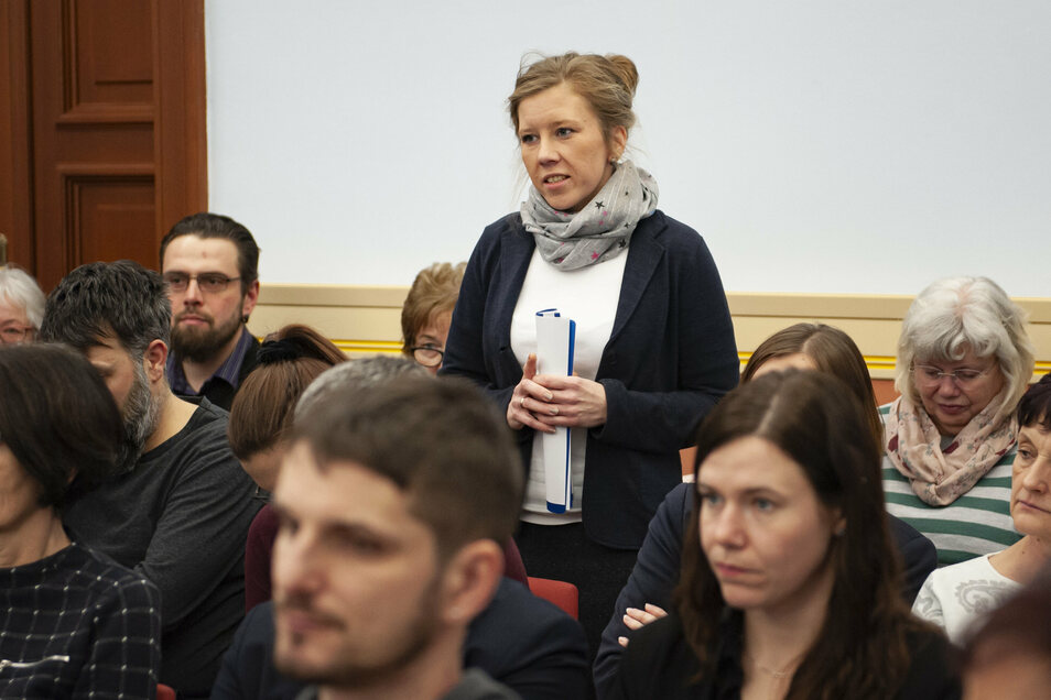 Die Leiterin der Großenhainer Kindertagesstätte Chladeniusstraße Kathleen Michel appellierte in der Sitzung am Mittwoch noch einmal an die Räte und bat um den lang erwarteten Neubau.