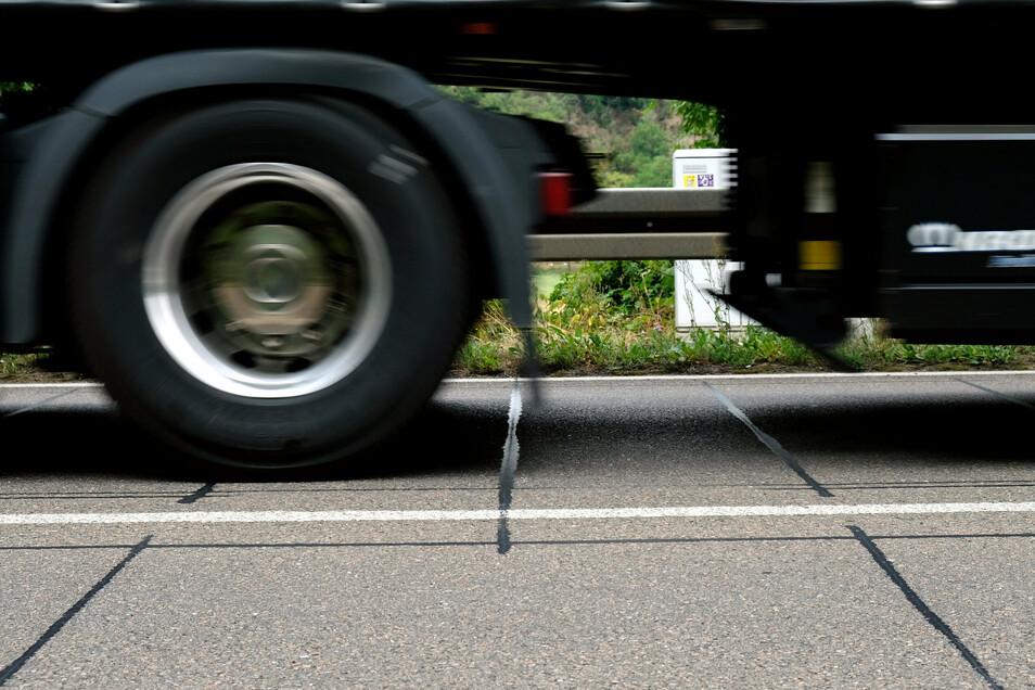 Lkw-Lärm gab es im April und im Mai kaum. Seit die Wirtschaft wieder läuft, rollen auch die Laster.