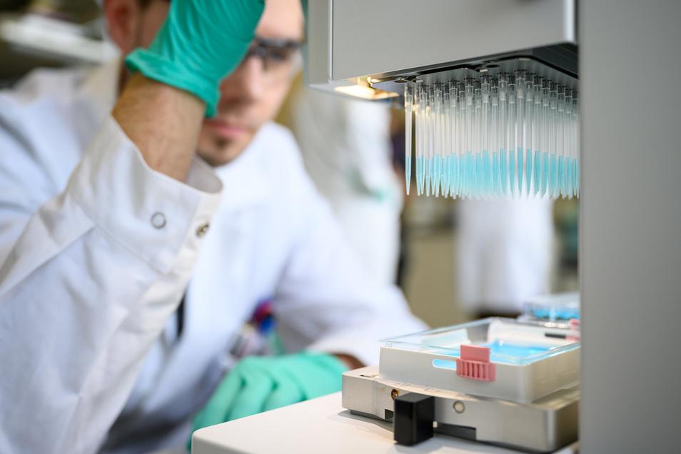 Auch in den Laboren des Tübinger Unternehmens Curevac wird mit Hochdruck an einem Sars-CoV-2-Impfstoff geforscht.