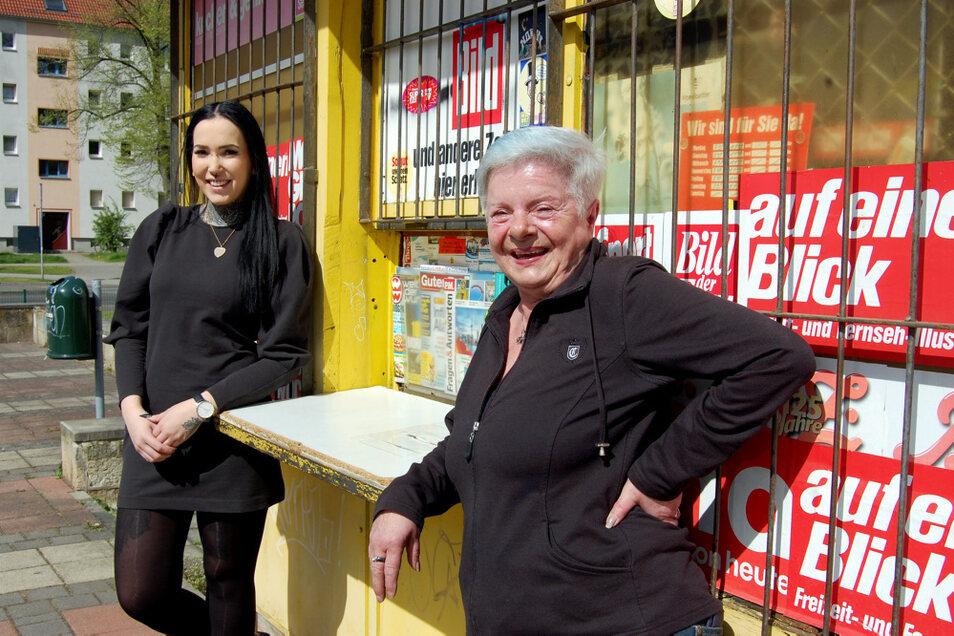 Laura Quosdorf (links) hat Bärbel Rosenberg (rechts) vor zwölf Jahren durch eine Filmkamera beobachtet.