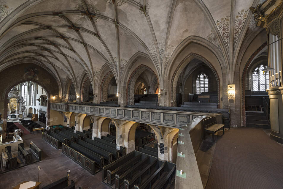 Auf der großen Empore der Dreifaltigkeitskirche ist viel Platz für die durch die Städtischen Kunstsammlungen Dresden für das Kulturerbezentrum konzipierte Jacob-Böhme-Ausstellung.
