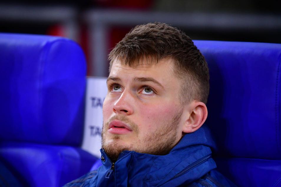 Sein Blick geht nach oben. Der gebürtige Dresdner Lars Lukas Mai spielt künftig in der 2. Bundesliga für Darmstadt.