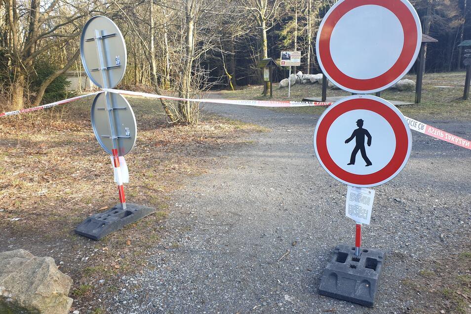 So versucht Tschechien am Kammweg in Waltersdorf die Wanderer zu stoppen.