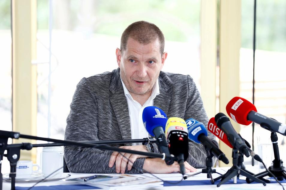 Der Mann, der immer wieder und auch gern polarisiert: Eisschnelllauf-Verbandschef Matthias Große.