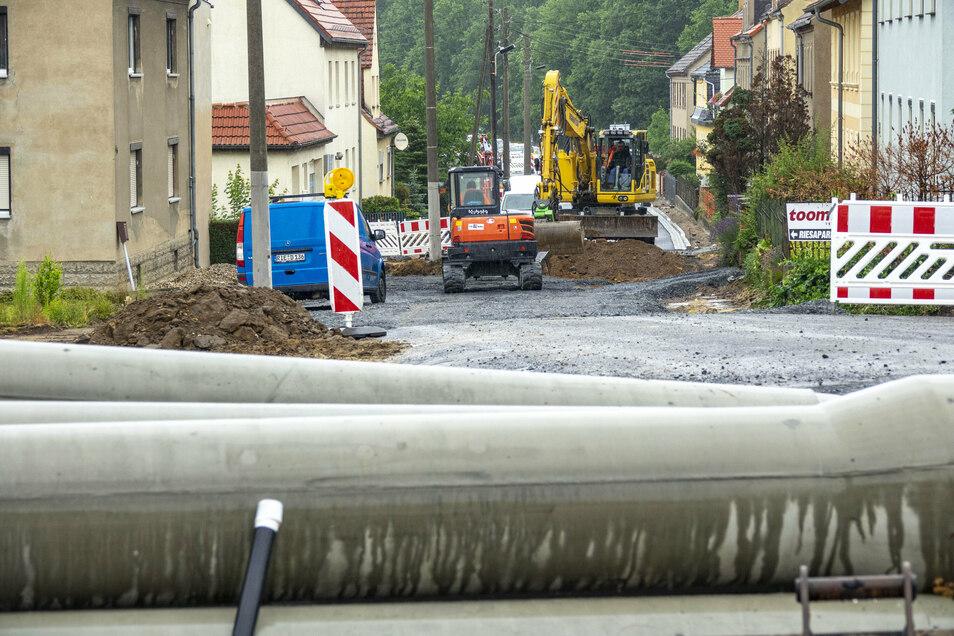 Die Auenwaldstraße in Nickritz ist das umfangreichste Straßenbauvorhaben in Riesa 2020. Bis Dezember ist die Straße durch den Ort voraussichtlich gesperrt.