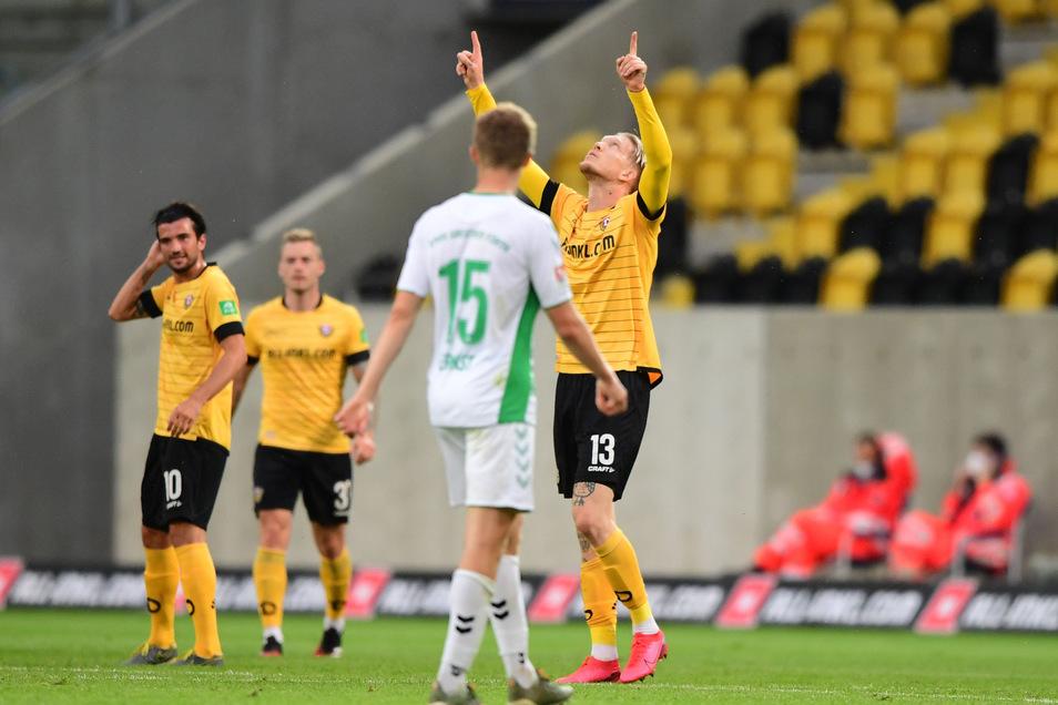 Wenn Simon Makienok nach seinen Toren für Dynamo jubelt wie beim 1:1 gegen Greuther Fürth, denkt der Däne an seine verstorbene Mutter.