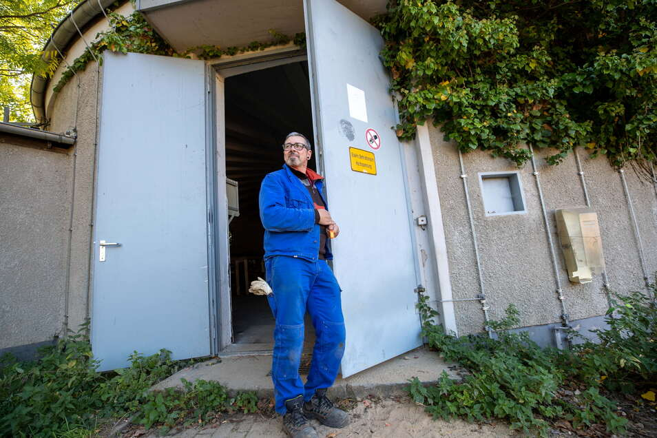 Hier stand der Funkturm drauf und Holger Jahnke hat den Schlüssel zum Antennenhaus.