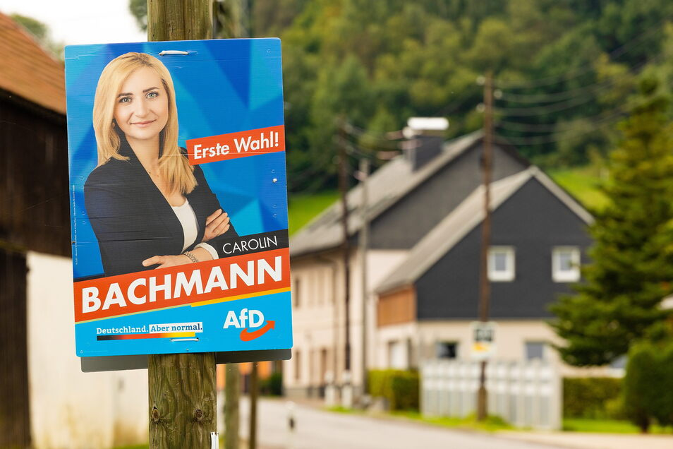 """Carolin Bachmann stammt aus Dorfchemnitz und gilt als """"eine von hier"""". Manche glauben, dass sie deshalb so ein hohes Ergebnis einfuhr und die langjährige CDU-Abgeordnete Veronika Bellmann entthronte. Aber die AfD-Wahlerfolge haben tiefere Ursachen."""