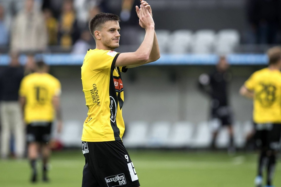 Alexander Jeremejeff hat am Samstag beim 1:1 gegen Malmö FF noch für BK Häcken in Schweden gespielt - und sich danach von den Fans in Göteborg verabschiedet?