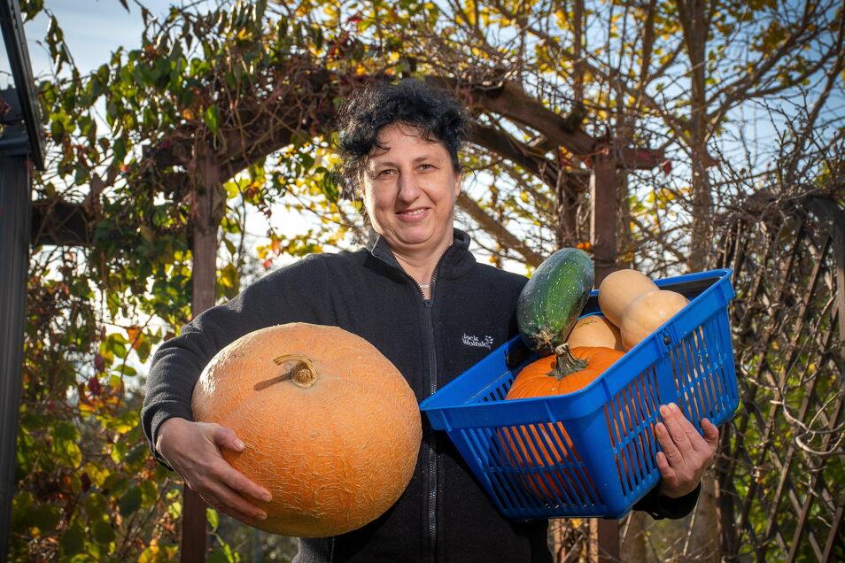 Cornelia Prasch verwendet für ihre Fruchtaufstriche alles, was im garten und in der Natur wächst.