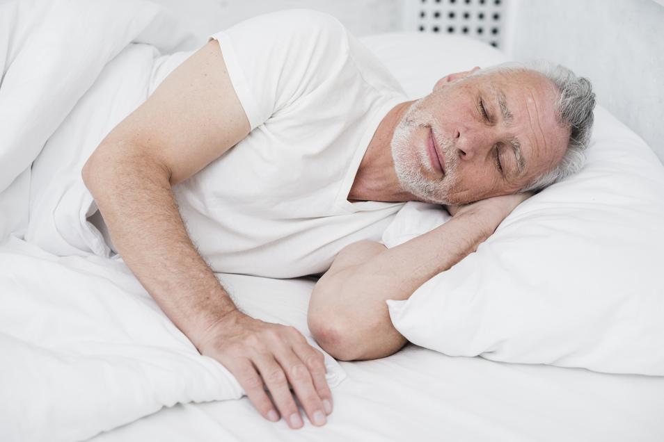 Kein Mittagsschlaf und helle Wohnung für besseren Schlaf