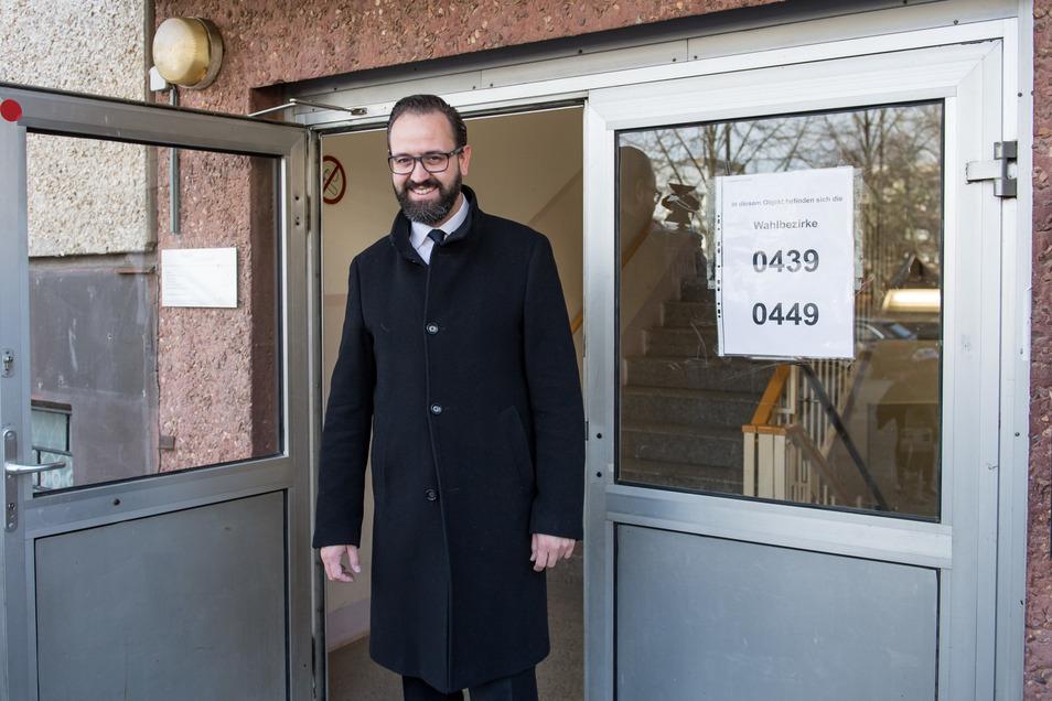 Sebastian Gemkow hat Burkhard Jung für die CDU herausgefordert. Der CDU-Mann hat im zweiten Wahlgang knapp verloren und bleibt so jetzt doch Landeswissenschaftsminister.