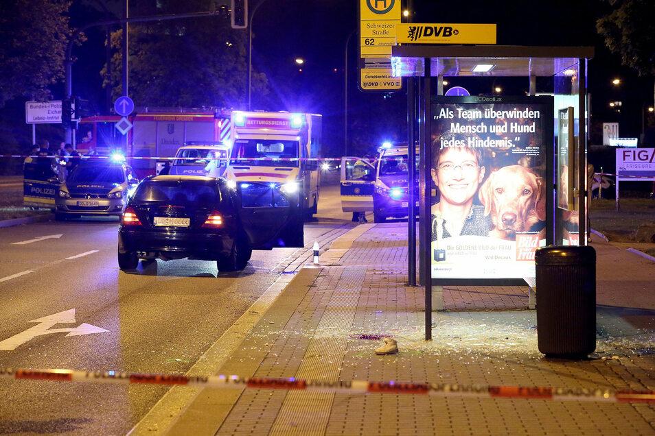 In Dresden war am 22. August ein sechs Jahre alte Junge von einem Auto angefahren worden, als er eine Straße überquerte. Das Kind starb.