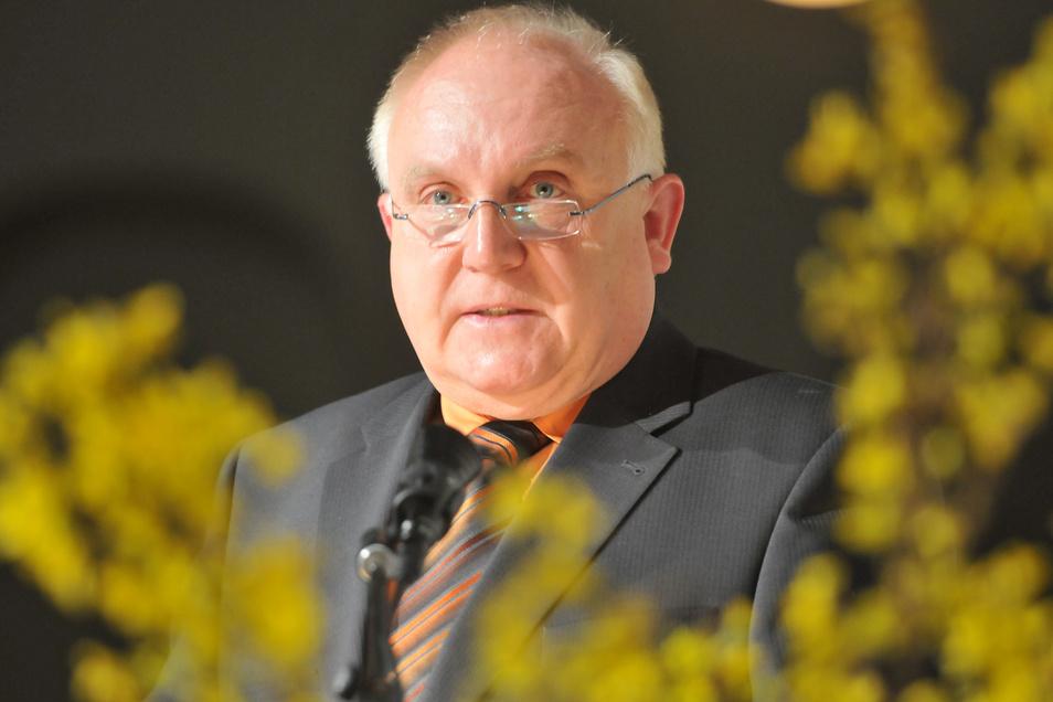 Oberbürgermeister Dietmar Buchholz knöpfte sich fünf jugendliche Randalierer vor.