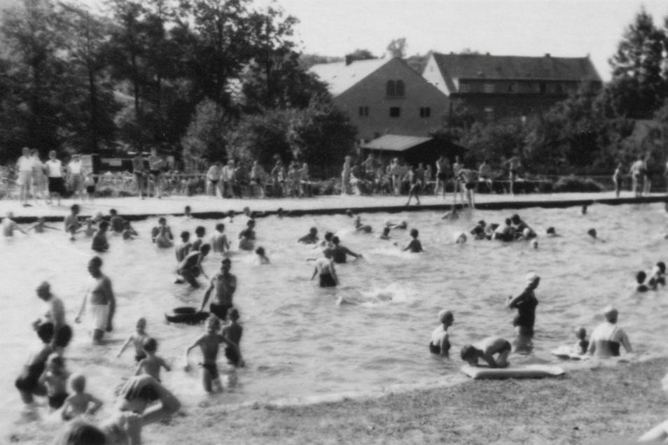 In den 1960er-Jahren war der Teich gut besucht.