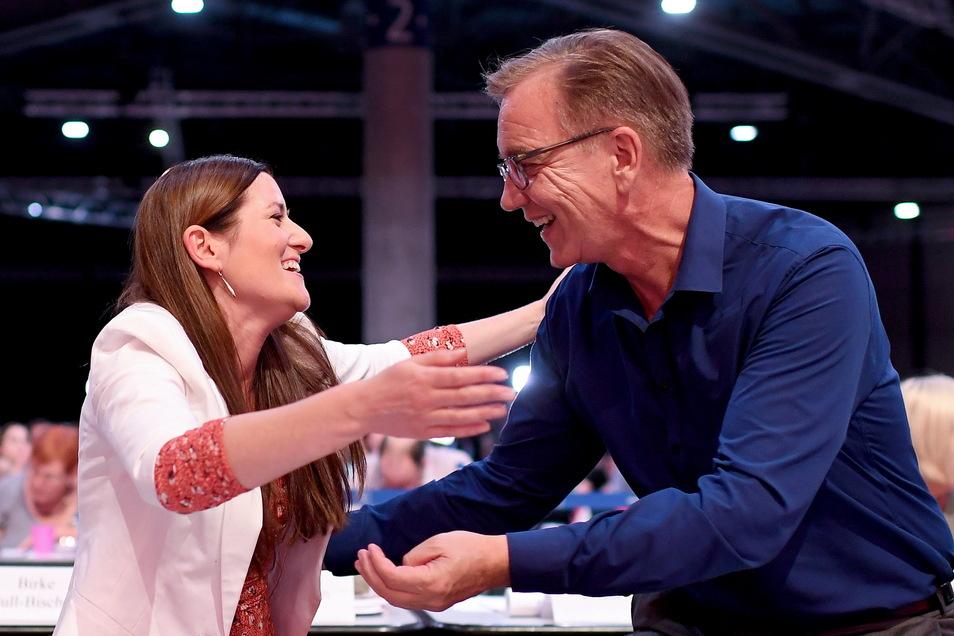 Die Linke hat sich entschieden: Co-Parteichefin Janine Wissler und Co-Fraktionschef Dietmar Bartsch führen die Partei in die Bundestagswahl.