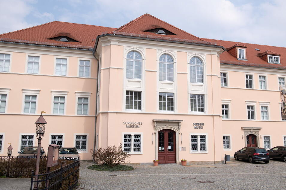 """Das Sorbische Museum Bautzen zeigt vom 20. April bis 28. Mai 2021 die Wanderausstellung """"Die Freiheit winkt! Die Sorben und die Minderheitenfrage nach 1918""""."""