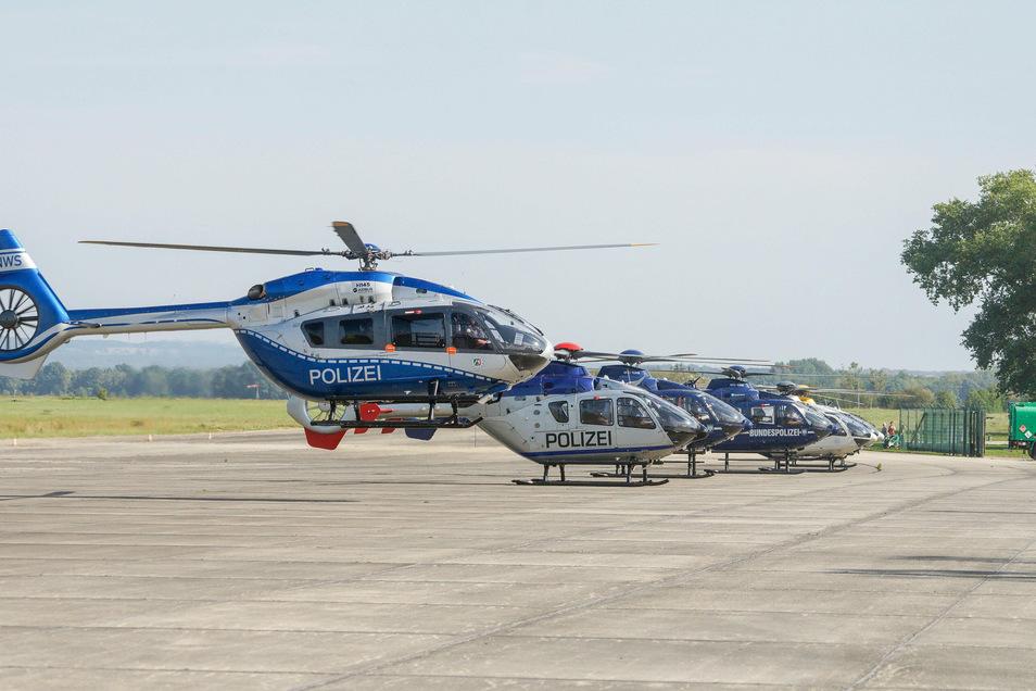 Am Donnerstagmittag landeten acht Polizeihubschrauber auf dem Bautzener Flugplatz - im Rahmen einer bundesweiten Übung.