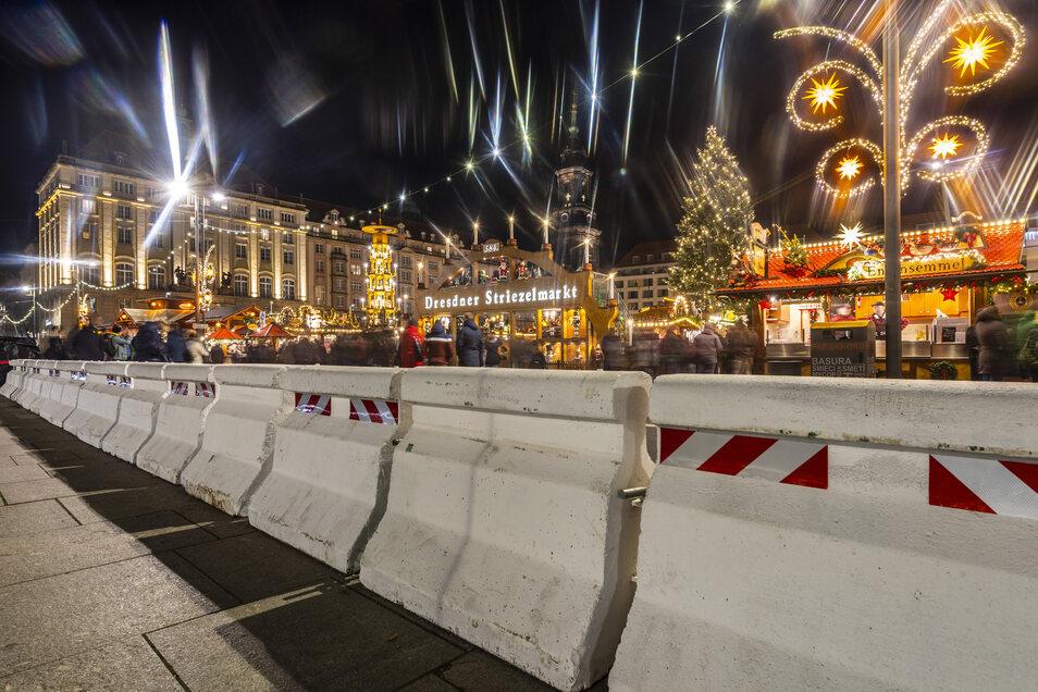 Sogenannte Nizzasteine schützen auch den Dresdner  Striezelmarkt vor Terroranschlägen.