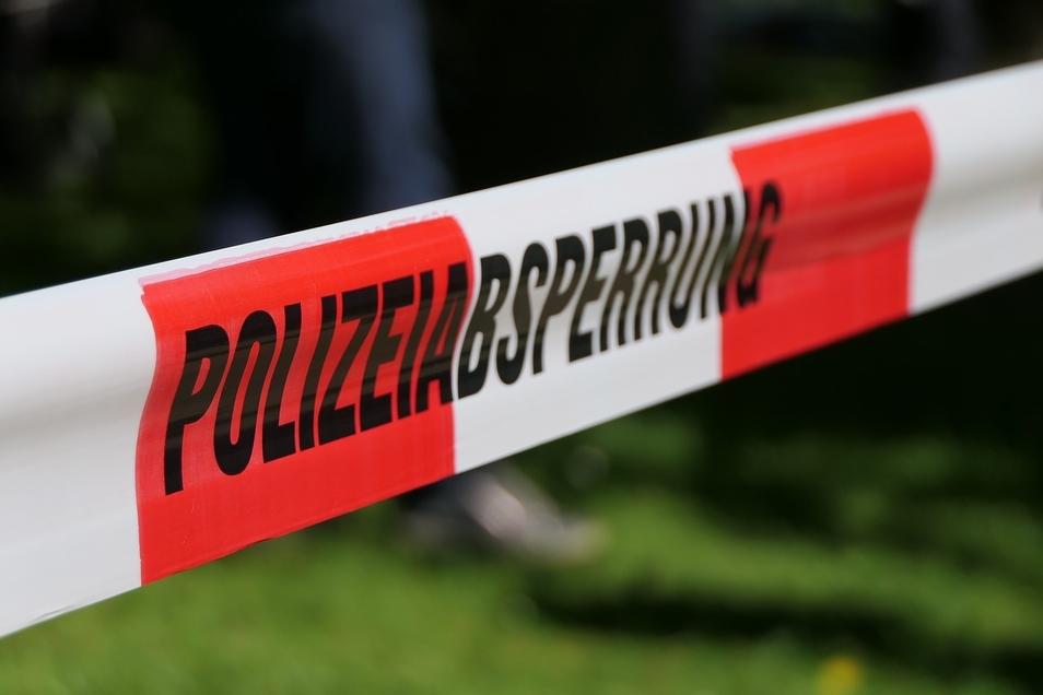 Symbolfoto Polizeiabsperrung.