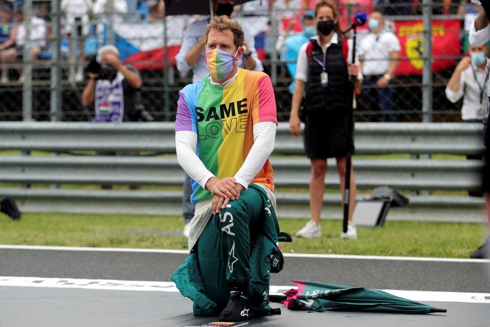 Beim großen Preis von Ungarn bekundete Sebastian Vettel seine Unterstützung für die Black-Lives-Matter-Bewegung sowie die Rechte der LGBT-Community und ging auf die Knie.
