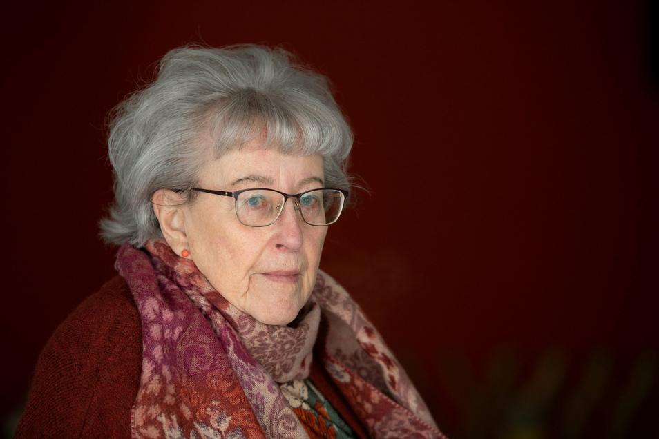 Helga Skoczowsky, 85, wohnt in einem Pflegeheim in Dresden.