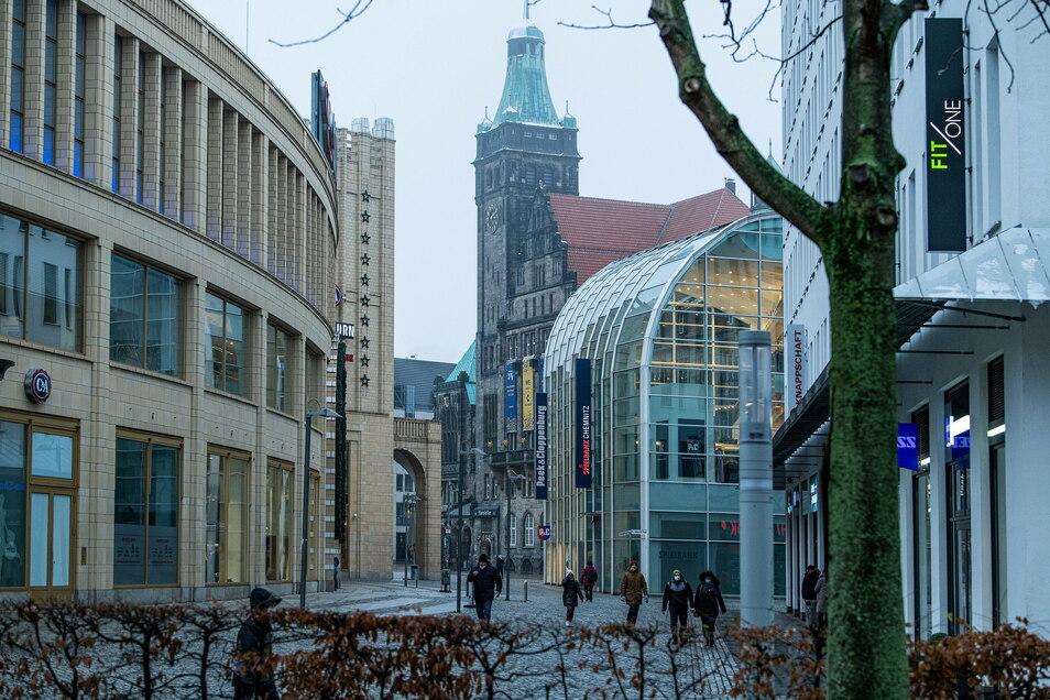 Die Händler in der Chemnitzer Innenstadt müssen ihre Läden wohl noch eine Weile geschlossen halten.