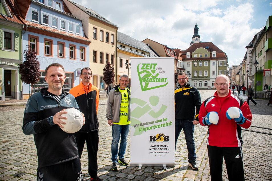 Benjamin Kahlert (2. v. r.) findet bei Thomas Kolbe (Döbelner SC, v.l.), Ulf Seeger (LSV 99 Hartha), Matthias Poch (VfL Waldheim 54) und Steve Hengst (Boxteam Döbeln/Roßwein) Unterstützung für die Aktion.