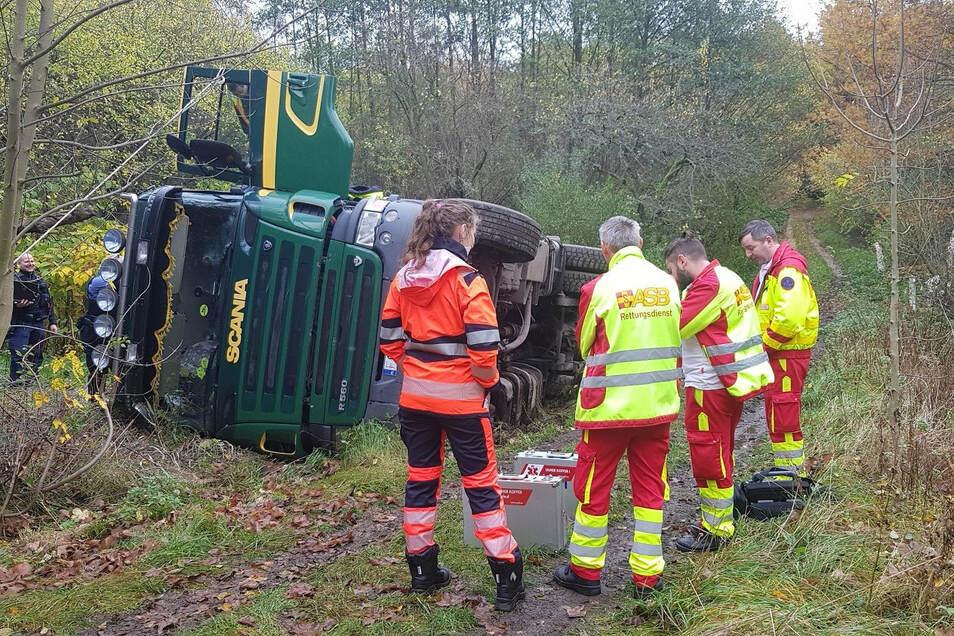 Mysteriös war der Unfall eines Transporters am Spitzberg bei Görlitz. Doch nun ist alles klar.
