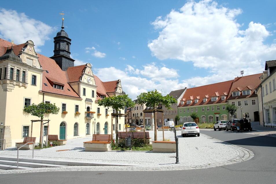 """Teure Verwaltung: Allein 1,561 Millionen Euro kostet Lommatzsch die """"Kernverwaltung"""" im Rathaus."""
