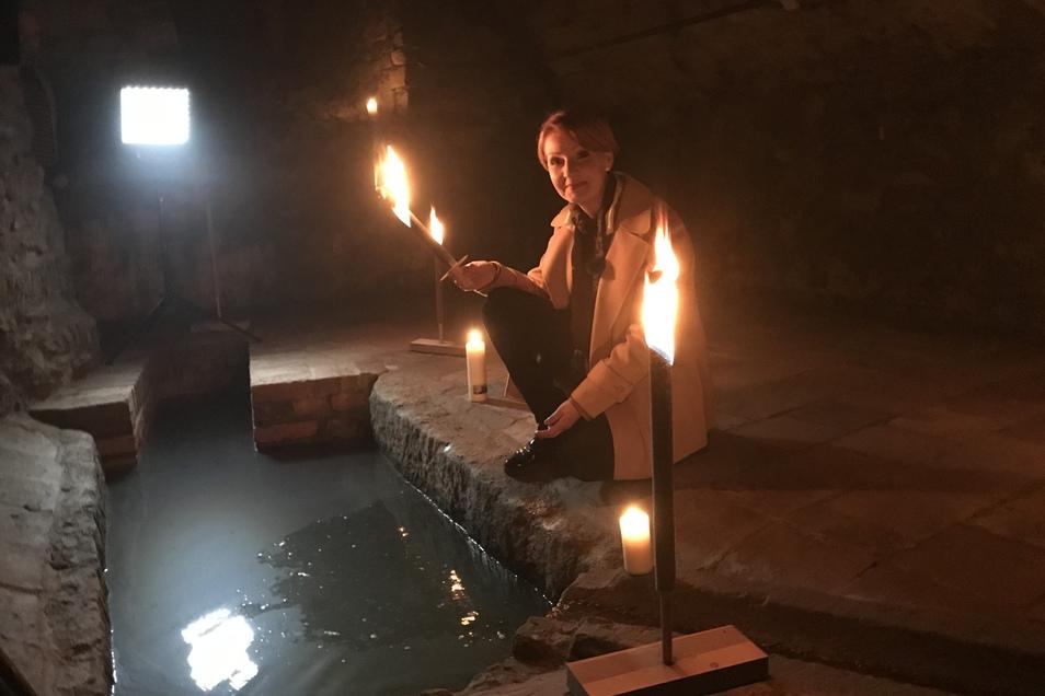 Beate Werner in einer Mikveh, einem jüdischen Bad.