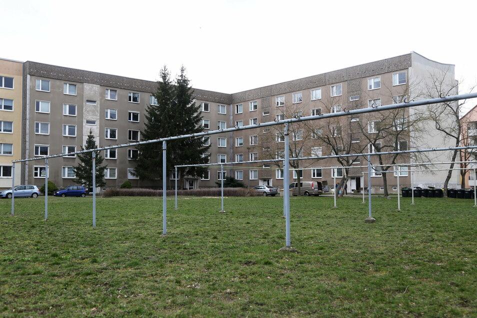 Bleibt länger als gedacht Asylbewerber-Unterkunft: der Wohnblock am Clara-Zetkin-Ring.