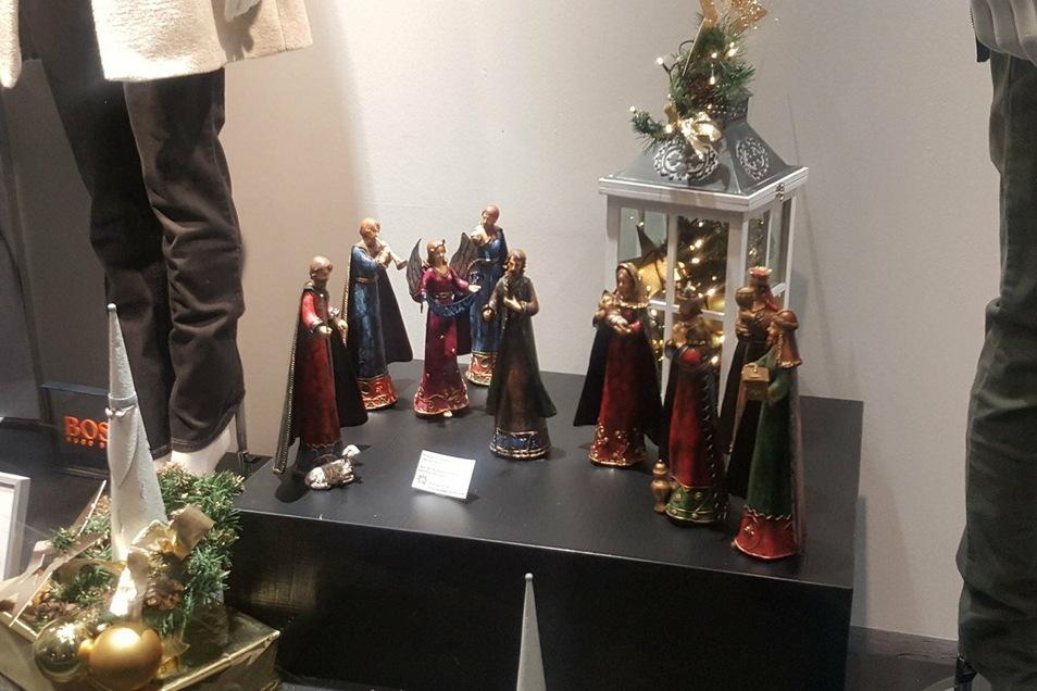 Bei Schwind's Erben ist eine neogotische Weihnachtskrippe zu sehen.