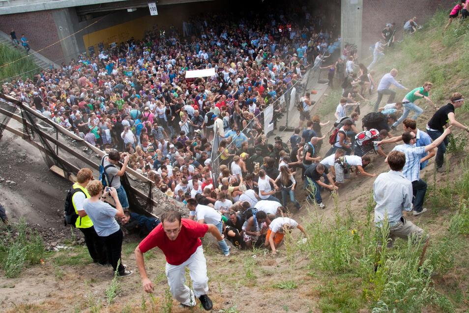 In dem Prozess ging es um die tödlichen Verletzungen von 21 jungen Menschen bei einem Gedränge auf der Loveparade in Duisburg im Juli 2010.