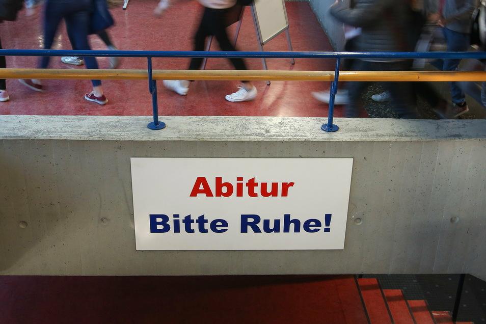 So voll, wie auf diesem Archivbild ist es derzeit in keinem Dresdner Gymnasium.