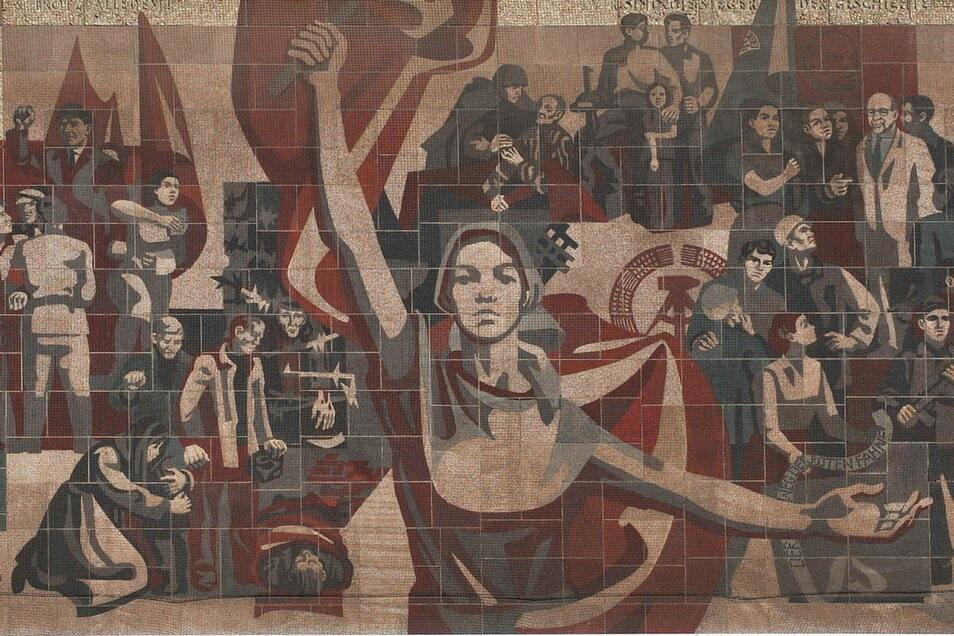 Der Weg der roten Fahne – das Wandbild am Dresdner Kulturpalast ist denkmalgeschützt, sein Inhalt aktuell.