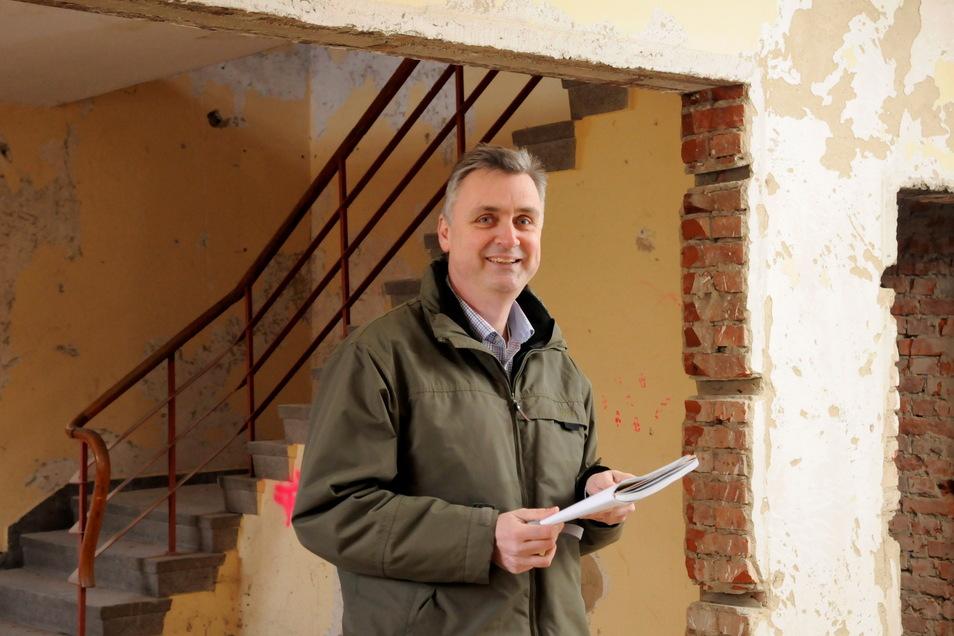 Thomas Schippmann von der Wohnungsgenossenschaft Großenhain möchte besser über das Stadtratsgeschehen informiert werden.